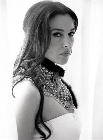 Monica bellucci très hot, sexy ! 10