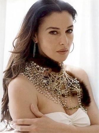 Monica bellucci très hot, sexy ! 11